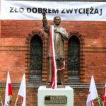 Uroczystości odsłonięcia pomnika ks. Jerzego Popiełuszki